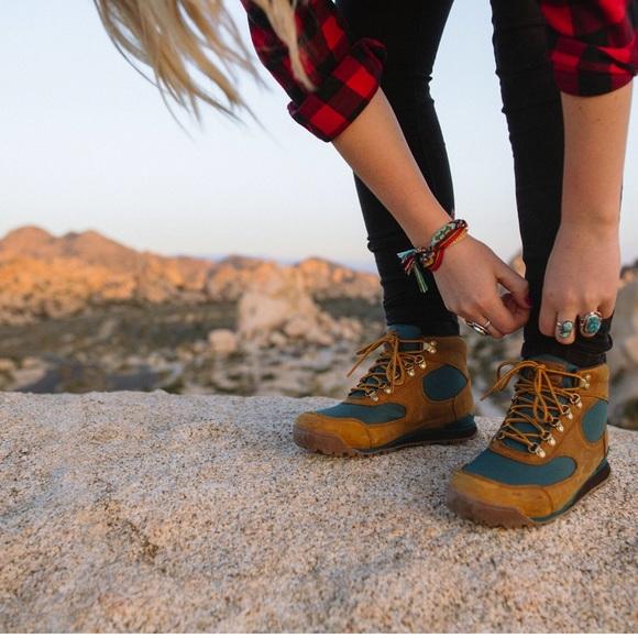 "e3666fbce49 Danner "" jag "" hiking boot NWT"